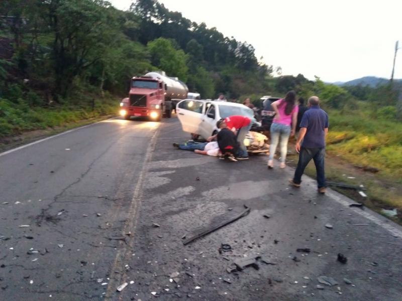Torcedores do Internacional se envolvem em acidente enquanto indo para jogo em Chapecó