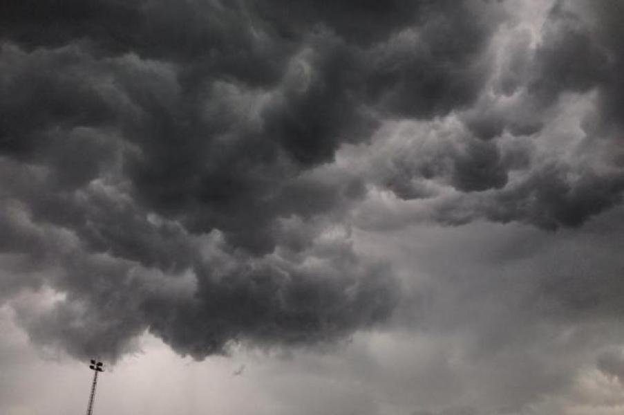 Defesa Civil alerta sobre risco de temporais com ventos de até 60 km/h nas regiões Oeste e Sul