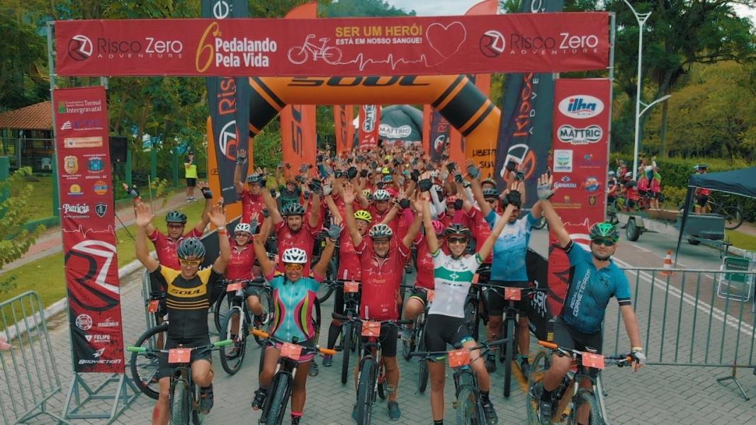 Pedalando pela Vida: Evento reúne mais de 450 ciclistas