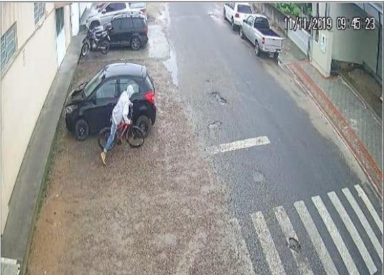 Bandido armado invade padaria em Capivari de Baixo e anuncia assalto | Notisul - Um Jornal de Verdade - Portal Notisul