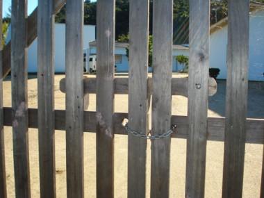 Astra, em Braço do Norte, está fechada desde o começo do mês passado por falta de recursos para continuar os trabalhos.