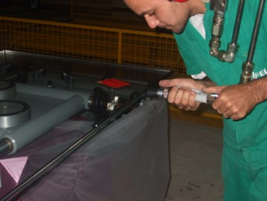 Em julho, a Vipel, indústria de vidros, contratou 12 novos empregados e prepara-se para ampliar a produção.