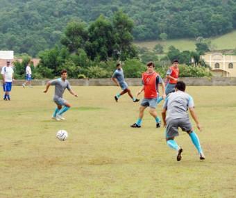 O CFZ treina forte para se recuperar das derrotas sofridas no primeiro turno.