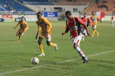 Em um jogo de um time só, o JEC arrasou o CFZ Imbituba na Arena e garantiu os 100% de aproveitamento.