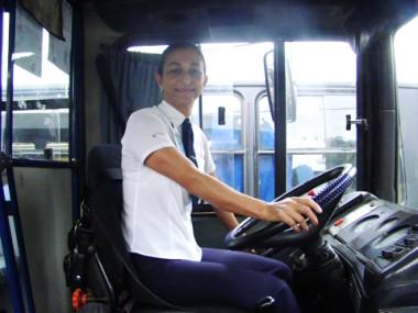 Maria tem o carinho dos passageiros em cada linha realizada.