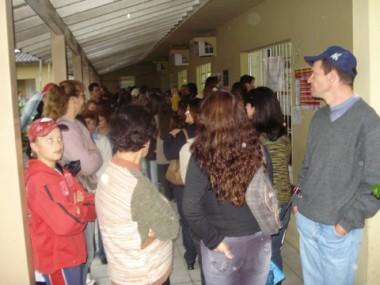 As filas formadas na última sexta-feira, na Clínica Materno Infantil, surpreenderam a equipe de saúde de Braço do Norte..