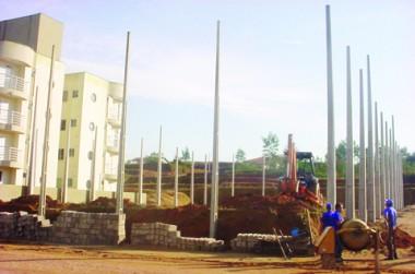 Obra é edificada em uma terreno da prefeitura no próprio bairro Madre Tereza e deve ficar pronta em breve.