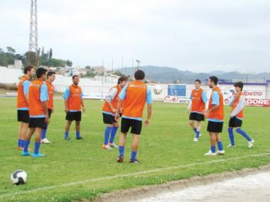 O clima no treino desta sexta-feira na Vila foi de muita descontração, apesar da derrota na última rodada. Só a vitória interessa.