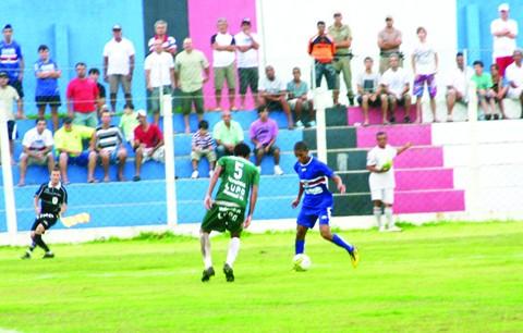 Domingo, o Imbituba empatou em 2 a 2 com a Chapecoense