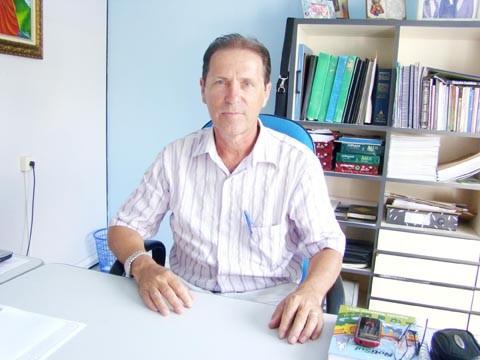 O corretor e delegado da Creci/SC, Paulo Mayer, prefere que os locatários ofereçam um fiador para os contratos