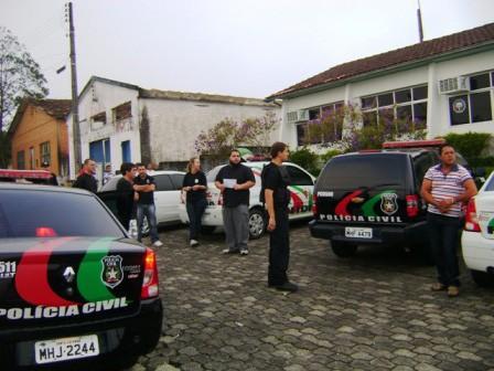 A operação foi deflagrada com apoio de várias delegacias da região