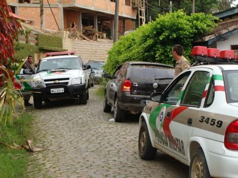 A Polícia Militar de Laguna trabalhou no caso com o auxílio das guarnições de Imbituba e Tubarão