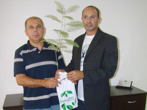O presidente do bloco, Renato Braz, e o engenheiro Fernando Rodrigues pregam uma folia ecológica para o próximo dia 5.