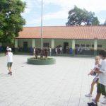 Hoje, 1,1 mil alunos, divididos nos três períodos, estudam no Henrique Fontes. A meta é ampliar as vagas no ensino fundamental em 2012.