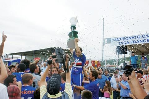 A Águia foi campeã da Divisão Especial 2009 e sensação do Catarinense 2010.
