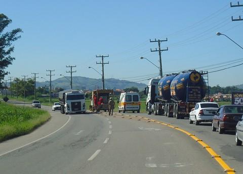 PMRV de Gravatal fez a orientação do trânsito durante as obras.