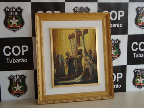O quadro recuperado ontem retrata um momento da Via Sacra.