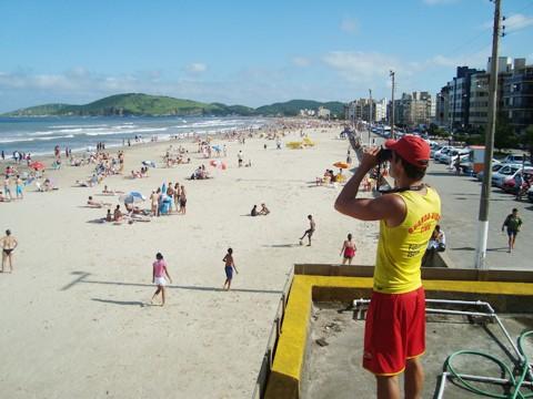 Nesta temporada, 113 guardas-vidas atuaram nas 21 praias que pertencem a Jaguaruna, Laguna, Imbituba e Garopaba.
