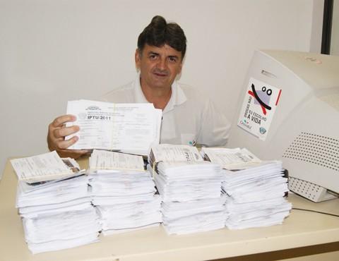 Conforme o gerente de arrecadação e fiscalização da prefeitura de Gravatal, Valcides da Silva Pereira, serão entregues 2.252 carnês do IPTU este ano.