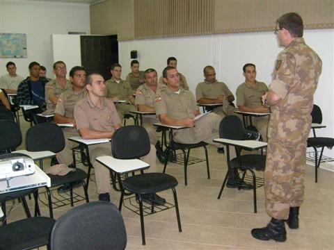 Policiais receberam treinamento esta semana para atuarem no projeto.