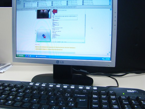 E-mail com fotos que comprovam a fotomontagem é enviado pela vítima  para mostrar que foi vítima.