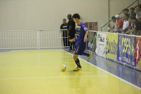 Murilo fez o primeiro gol da ADU