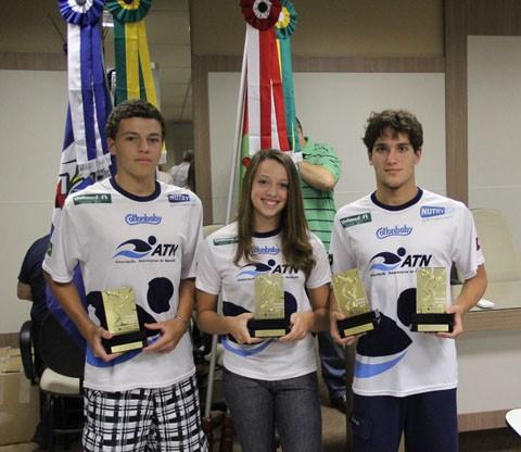 Três atletas da ATN receberam o troféu