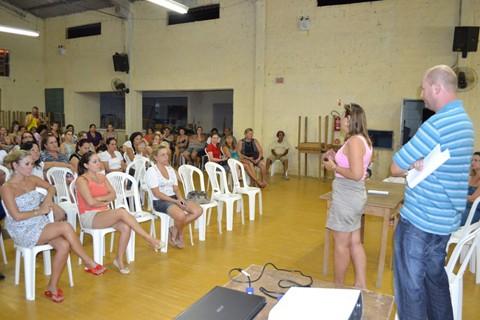 Prefeitura ofereceu quase R$ 28 mil para dividir entre a categoria e um plano de carreira geral. Foto: Suellen Souza/Folha do Vale/Notisul