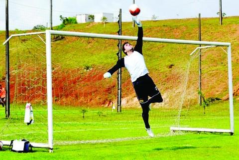 Andrey foi reintegrado ao elenco tricolor - Foto:Fernando Ribeiro/Criciúma E.C./Notisul