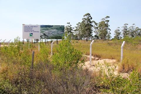 A empresa italiana se instalará em terreno de propriedade da Santos Brasil, às margens da BR-101.