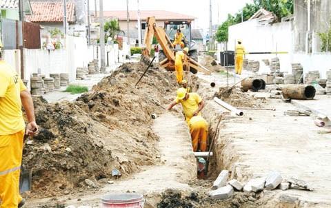 Obras de saneamento vão beneficiar 12 mil famílias nos bairros Navegantes, Magalhães, Vila Vitória, Ponta das Pedras, Lagoa Preta e algumas ruas do Mar Grosso  -  Foto:Prefeitura de Laguna/Divulgação/Notsiul