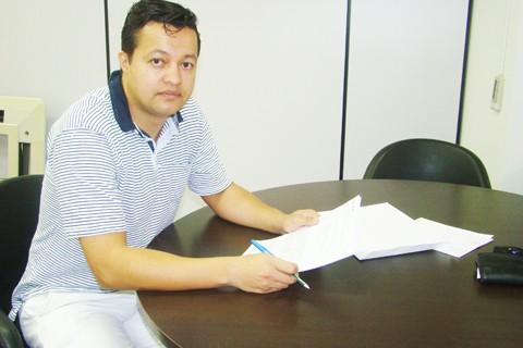 O fisioterapeuta André Fausto do Carmo, de Tubarão, não concorda com a monopolização do procedimento pelos médicos e é defende uma atualização constante dos profissionais
