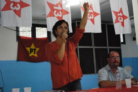 Tanara é unanimidade no PT e é oficializada como pré-candidata  à sucessão do prefeito Célio Antônio. Foto: André Bianchini/PT de Laguna/Notisul