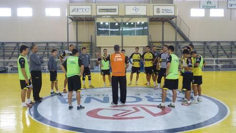 ADU teve dez dias de treinos com o novo técnico  -  Foto:Thiago Aguiar/Divulgação/Notisul