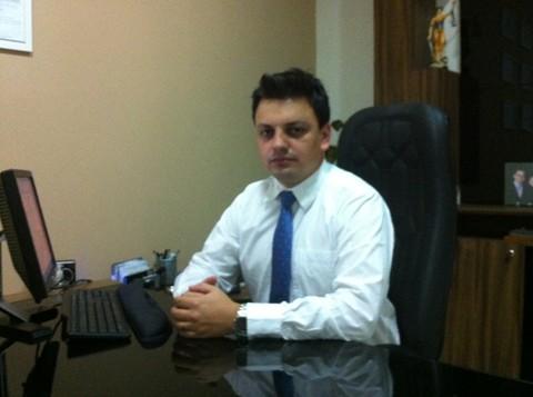 O advogado Maicon Schmoeller Fernandes alerta para os cuidados do que se fala em ano eleitoral