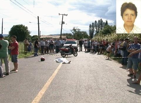 Eliana Paes Corrêa, de 52 anos, (foto em detalhe) caiu com a motocicleta e foi atropelada por um carro  -  Foto:Unisul TV/Divulgação/Notisul
