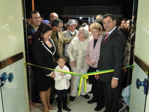 Inauguração contou com mais de 500 pessoas da comunidade  -  Foto:Prefeitura de Capivari de Baixo/Divulgação/Notisul