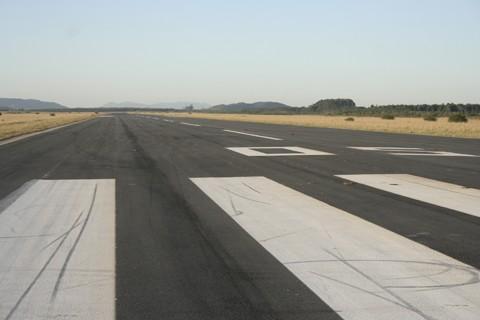Área do aeroporto ainda não está totalmente fechada. Repasses deverão ser cobrados por entidades como Amurel e Acit.