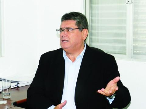 O agora ex-secretário Dura deverá assumir uma função na secretaria estadual de turismo ou de saúde
