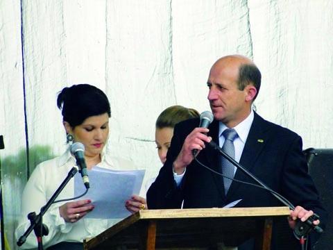 Reitor da Unibave, Elcio Willeman, esteve presente durante as comemorações