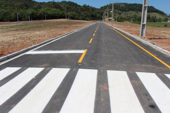 O Jardim das Azaleias já disponibiliza pavimentação asfáltica aos proprietários - Plantão Assessoria/Divulgação/Notisul