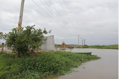 Pelo contrato, a ponte era para ter sido concluída há cerca de um mês. O último prazo divulgado é março. Foto: Banco de imagens