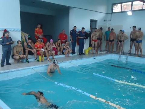 Os candidatos participaram de atividades diversas no processo de seleção para o curso   - Fotos: Corpo de Bombeiros Militar de Laguna/Divulgação/Notisul