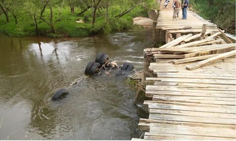 Quando os socorristas chegaram, os ocupantes estavam sem vida  -  Foto:Divulgação/Notisul