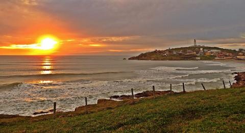 O início do verão em Santa Catarina deve ter temperaturas acima da média  -  Foto:João Baiuka/Divulgação/Notisul