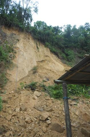 O deslizamento do solo ocorreu no bairro Bom Pator  -  Foto:Prefeitura de Tubarão/Divulgação/Notisul