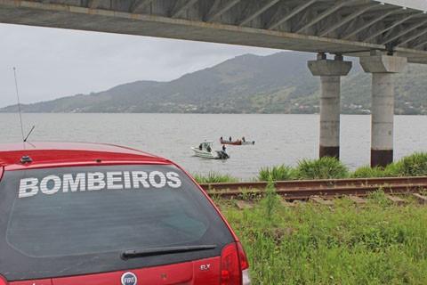 O corpo foi encontrado nas proximidades da Ponte Anita Garibaldi  -  Foto:Divulgação/Notisul