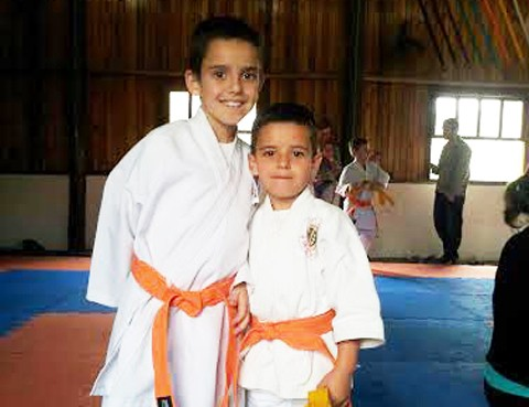 Os irmãos Erick (E) e Bruno participarão da competição amanhã   -  Foto:KBS Assessoria/Divulgação/Notisul