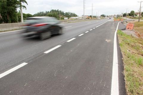 Aos motoristas é solicitado que redobrem os cuidados quanto ao movimento de entrada e saída nos novos locais  -  Foto:Muriel Albonico/Dnit-SC/Divulgação/Notisul