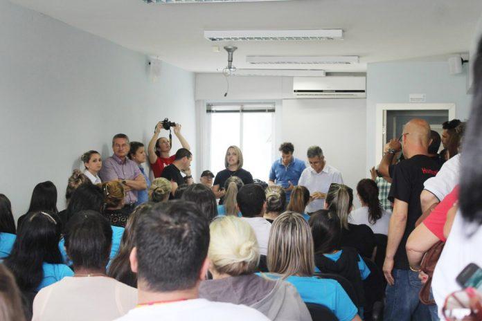 Os trabalhadores do comércio aceitaram a contraproposta do sindicato patronal  -  Divulgação/Notisul